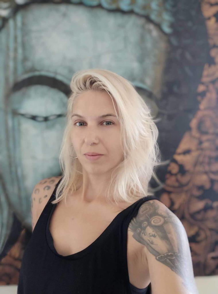 Νέλλυ Κασσόρη yoga